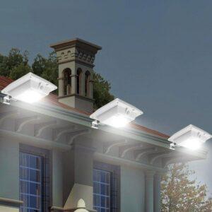 Proyector exterior con energia solar encendido automático, elegante diseño ideal aquitectura moderna