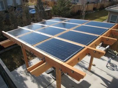 Pérgola solar de madera