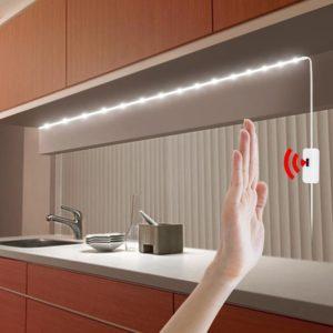 Tira de LEDs alimentada USB-5v sensor de movimientos estanca